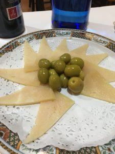 Must-Eat Foods in Spain Queso Manchego