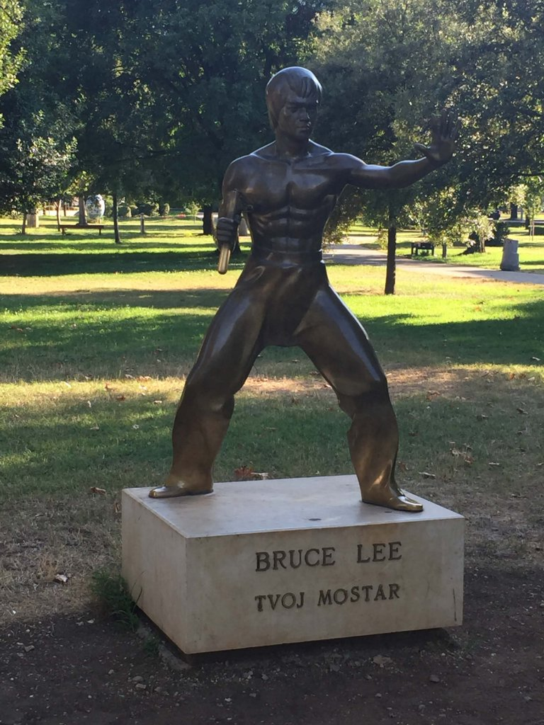 Bruce Lee Statue Mostar