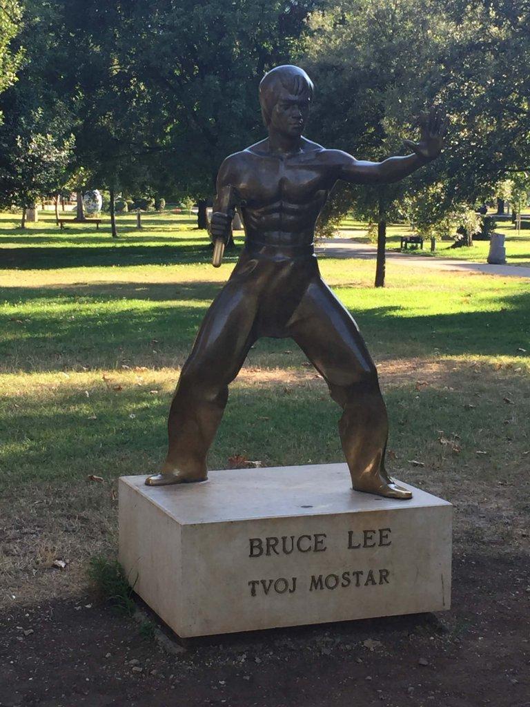 Bruce Lee Statue Mostar