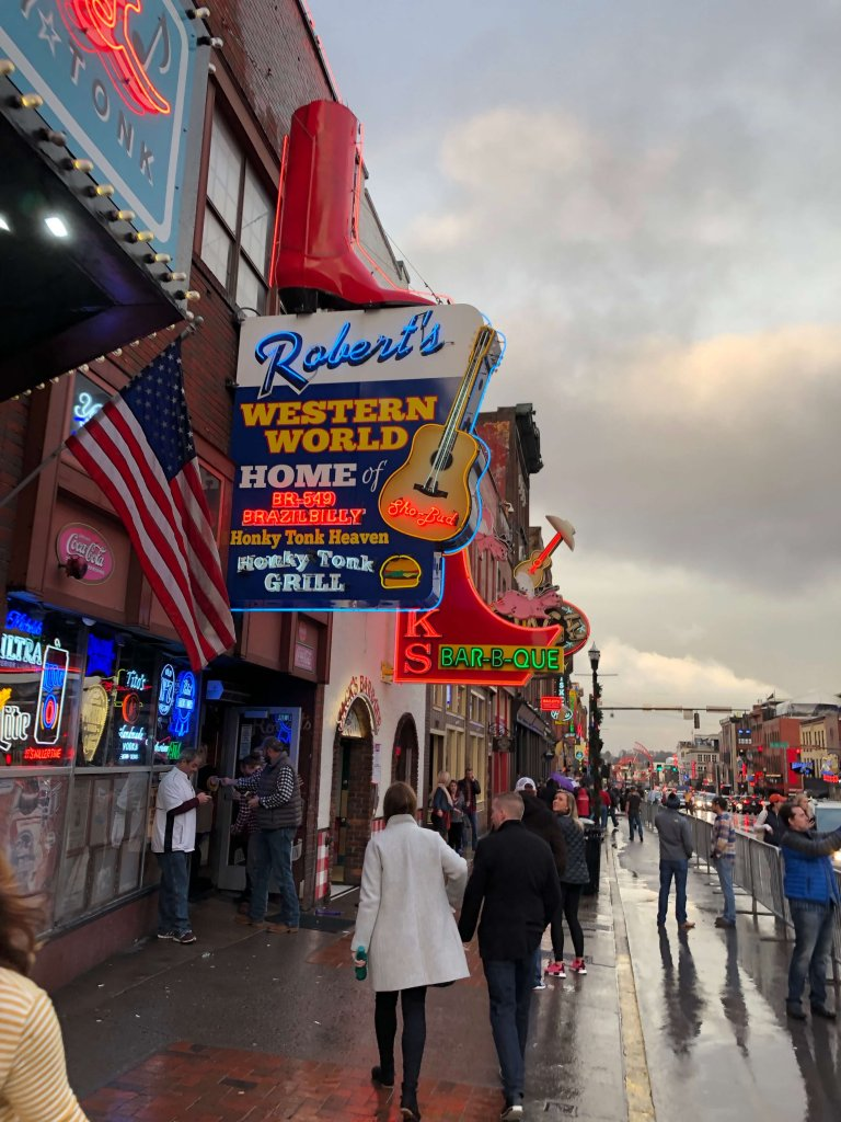 How to Spend a Long Weekend in Nashville Broadway