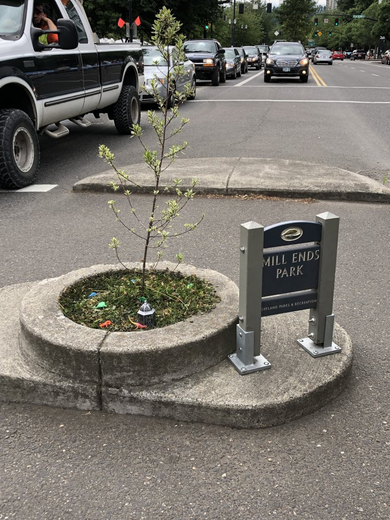 Mills End Park World's Smallest Park Portland