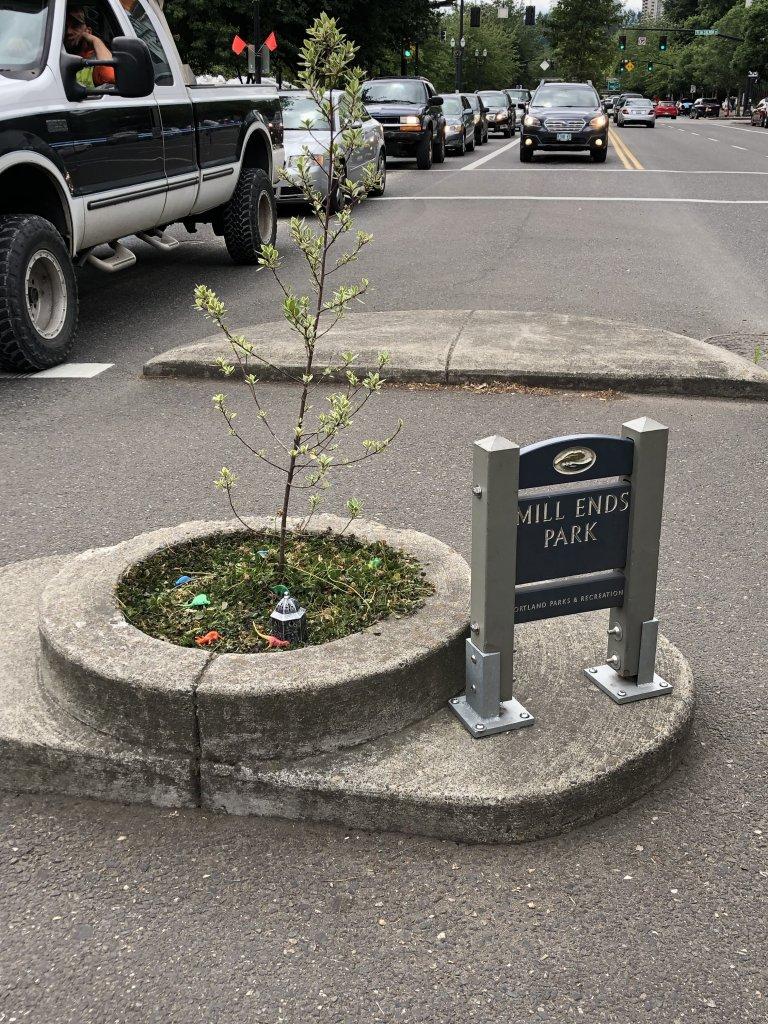 Mills End Park World's Smallest Park Portland
